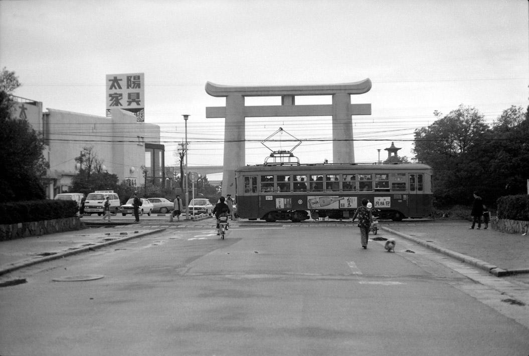 『箱崎・馬出レトロ写真展』開催中です。(箱崎店)